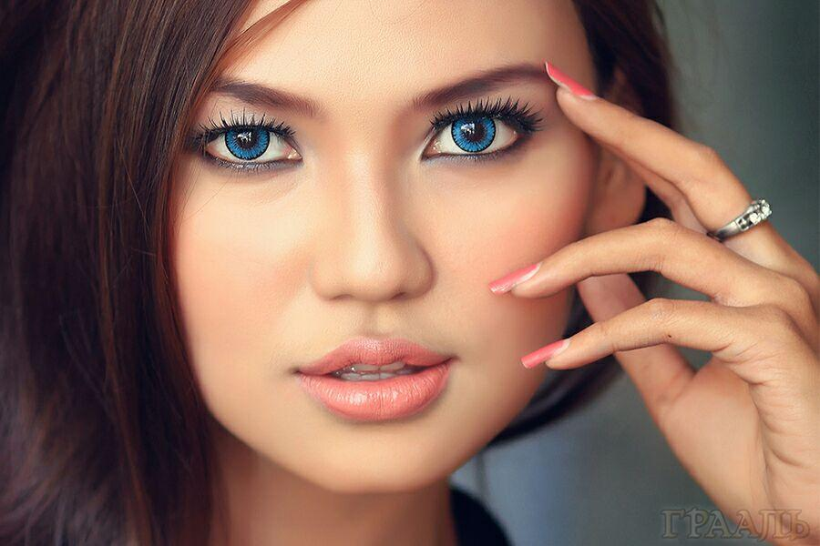Дневной макияж брюнеткам в салоне красоты «ГРААЛЬ»