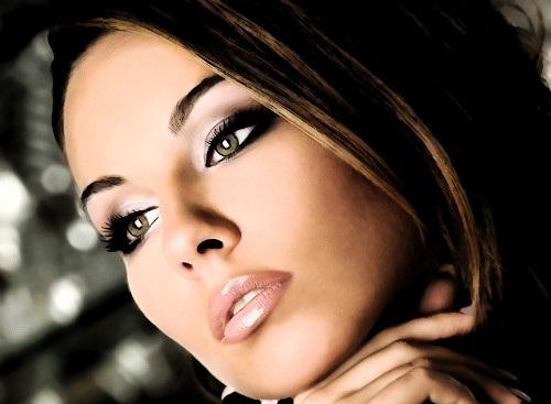Профессиональный макияж в салоне красоты «ГРААЛЬ»
