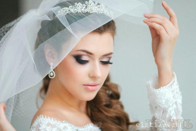 Свадебный макияж для брюнетки в салоне красоты Грааль